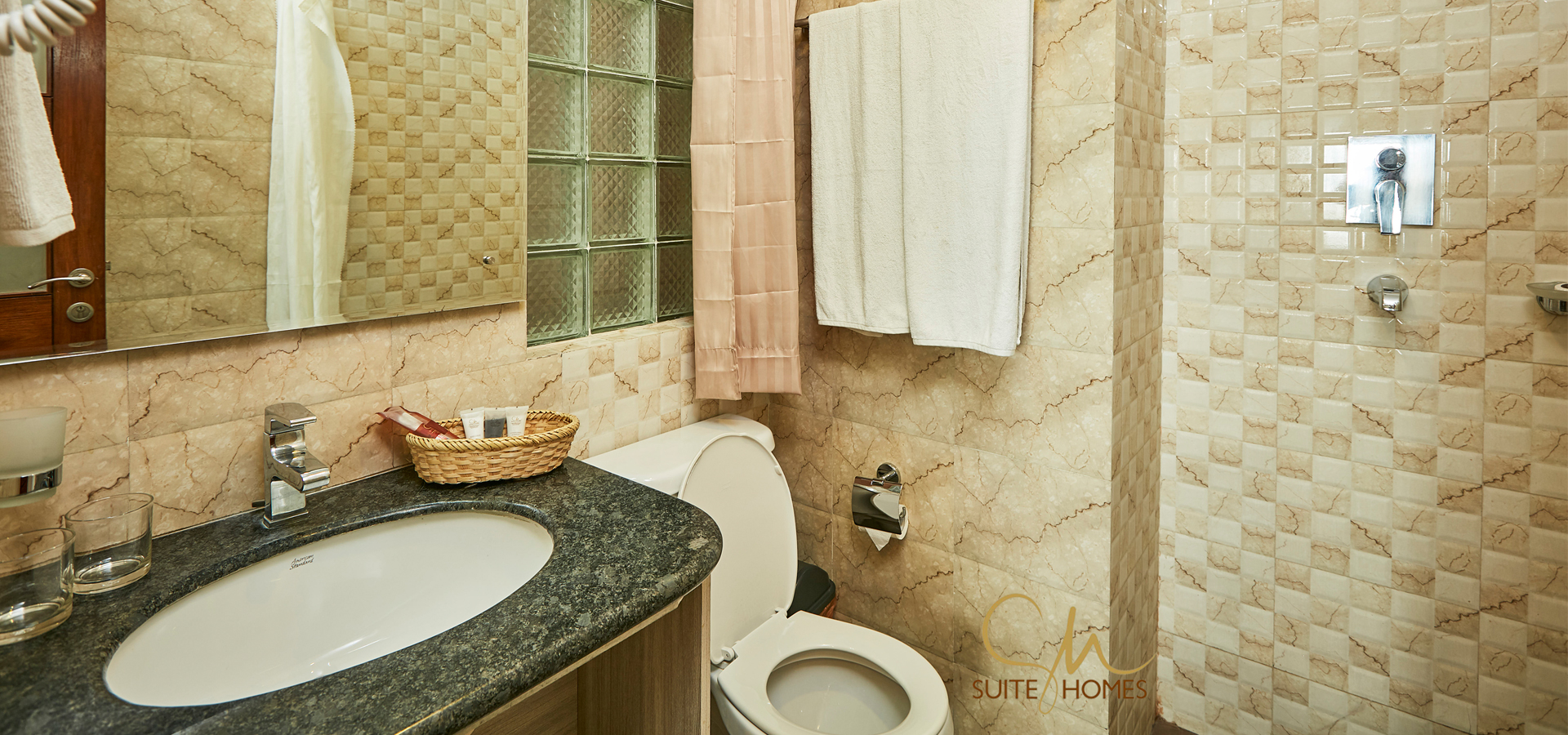 suite_homes_web-bath